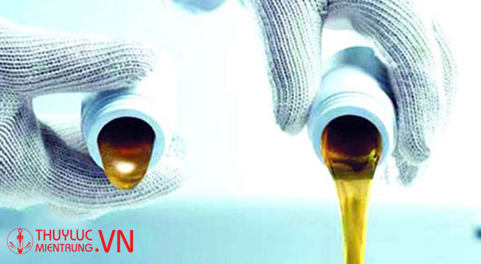 kiểm tra dầu thủy lực
